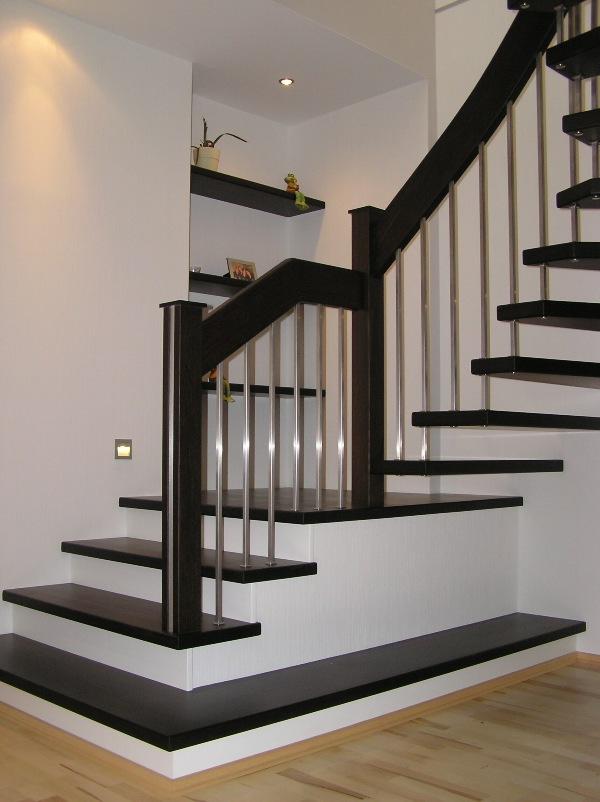 Extrem Holz-Bolzentreppe Typ HB04: Treppe aus Eiche mit Holz-Edelstahl BR89